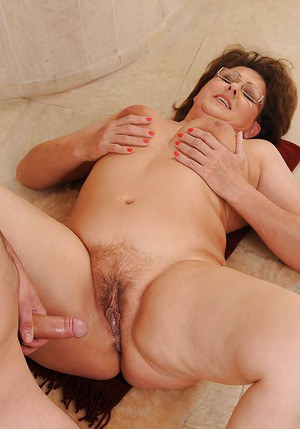 sex women cream pie