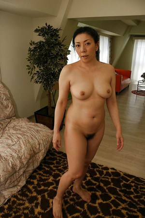 naked-asian-women-pictures