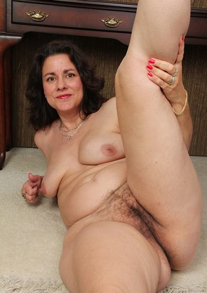 hairy mature porn photos big black free videos