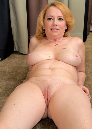 mature naked shaved